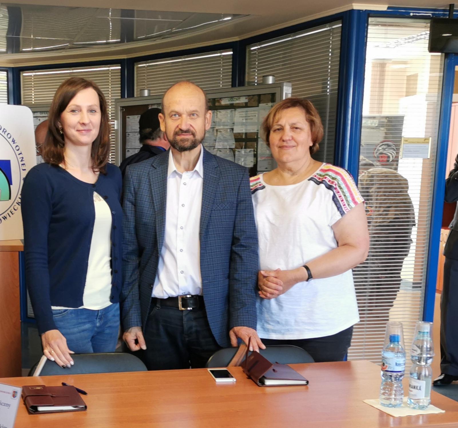 Zdjęcie Dyrektora i pracowników